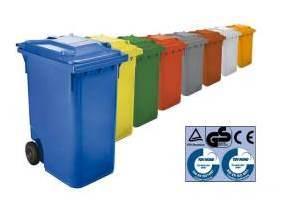 Cerraduras para cubos y contenedores de residuos
