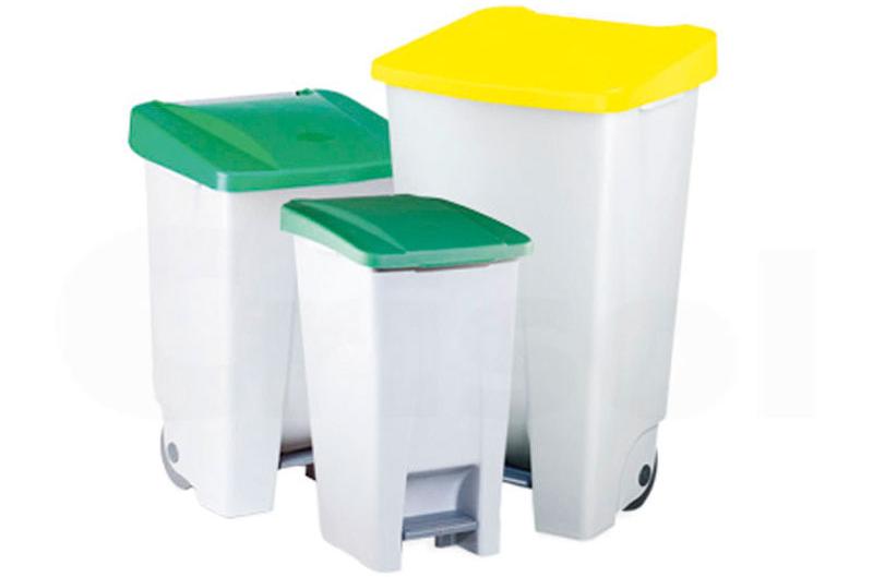 Contenedor basura pedal plastico - Contenedores de basura de 60, 80 y 120 L de capacidad, con pedal de plástico, ruedas y tapas en diferentes colores.
